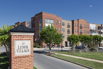291 - 7320 Althrop Way W5, Nashville TN 37211 - Lenox Village
